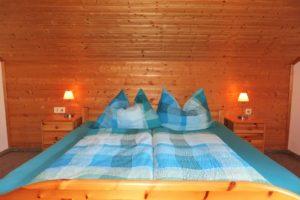 Schlafzimmer obenauf